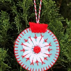 Homemade Christmas Ornaments {Christmas Crafts}
