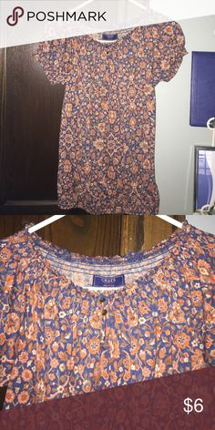 NWOT Short sleeve shirt Beautiful flower shirt made by Chaps Chaps Tops Blouses