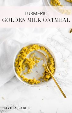 Start your day with a delicious anti-inflammatory breakfast with this healthy turmeric golden milk oatmeal. You're only 10 minutes away from a warm, nourishing, and filling breakfast! #glutenfree #vegan option #breakfast #oatmeal #goldenmilk #turmeric #healthy #recipes #plantbased