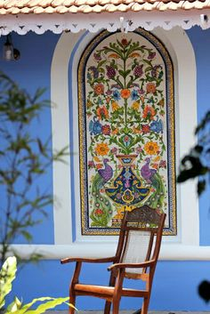 Over five centuries old, azulejos tile work looks best outdoors