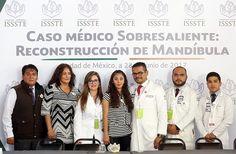 """Cirujanos maxilofaciales del CMN """"20 de Noviembre"""" posicionan al ISSSTE a la vanguardia, realizan segundo implante de prótesis total de mandíbula en el mundo - http://plenilunia.com/novedades-medicas/cirujanos-maxilofaciales-del-cmn-20-de-noviembre-posicionan-al-issste-a-la-vanguardia-realizan-segundo-implante-de-protesis-total-de-mandibula-en-el-mundo/45578/"""