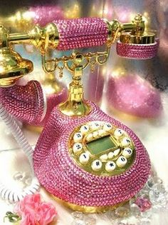 MY PINK  CLOUD ☁ Bedazzled Chatting  pink glamour phone