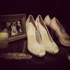 Monique Lhuillier's shoes. http://www.treatdressing.jp/ttd/shop_blog/kobe/2013/11/monique-lhuillierwedding-shoes-1.html
