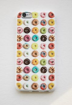 How cute is this donut phone case | theglitterguide.com