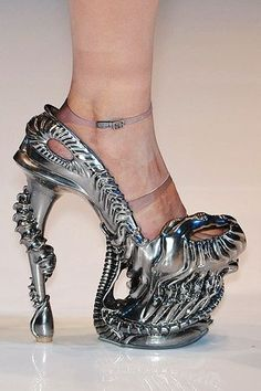 would so wear these | Alien High heel shoes | silver metal pumps, predator style | geeky horror shoes for women | unique, amazing | Sci fi, Science fiction fashion #alienShoes #horror