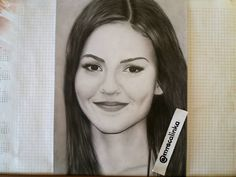 "Polubienia: 117, komentarze: 7 – @mrscalinka na Instagramie: ""Finished drawing of @victoriajustice, let me know what you think ☺ Art supplies:…"""