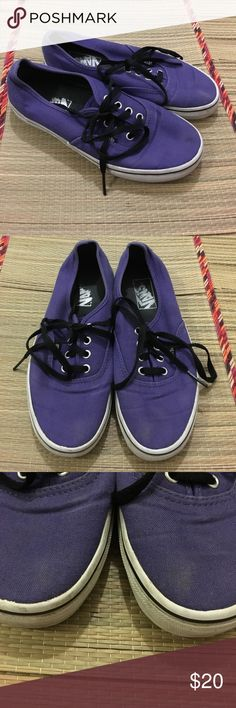 unisex vans • TB4R Men's size 5.5 or women's size 7 • made in Vietnam • some fading/noticeable wear on the toes • more life to wear in these shoes • really long shoe laces too • smoke & pet free home Vans Shoes Sneakers