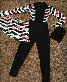 Burkini swimming suits in cute designs – Just Trendy Girls Islamic Swimwear, Muslim Swimwear, Swimming Outfit, Swimming Suits, Casual Skirt Outfits, Curvy Outfits, Egyptian Fashion, Swim Shorts Women, Hijab Trends