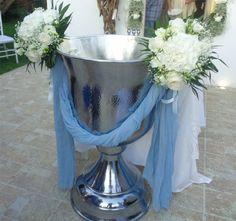 στολισμος κολυμπηθρας Baptisms, Christening, Weddings, Ideas, Wedding, Thoughts, Marriage
