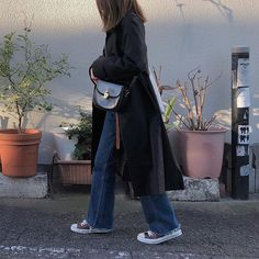 Daily Look, Fashion Backpack, Photo And Video, Denim, Clothing, How To Wear, Hair, Outfits, Black