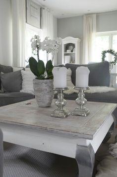 Wohnzimmer grau-weiß