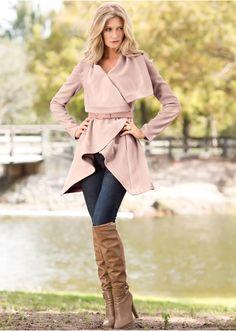 Veja agora:Este casaco é super lindo, deixa você bem estida em diversas ocasiões. Seguir as instruções de lavação que estão na…