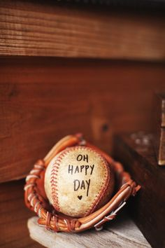 baseball wedding ideas (photo by Ryan Ray)