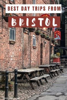 Check out the list of the best trips you can take from Bristol! From cities to villages and nature escape, there is a lot you can do around Bristol in the UK! | Bristol temple meads | best things to do in Bath | Cardiff Castle | best things to do in Cardiff | Cotswolds England things to do | Cotswolds england countryside | Brecon Beacons national park | gloucester cathedral harry potter | somerset england landscapes | salisbury cathedral england | oxford best things to do | england day trips