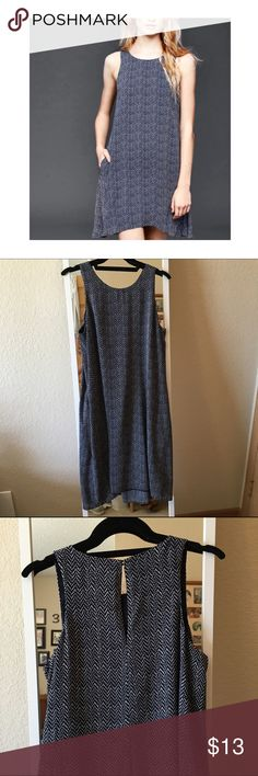 Navy swing dress Perfect condition. Has pockets  GAP Dresses