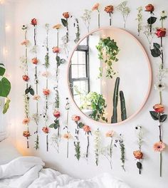Bedroom ideas Easy Ways To Decorate Your College Apartment 17