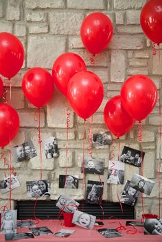 Year in an Instant Instagram Party- balloons and photos as a backdrop