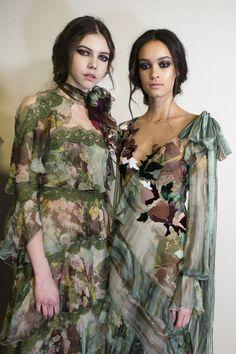 Alberta Ferretti at Milan Fashion Week Fall 2017 - Backstage Runway Photos