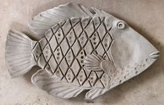 Ceramic Fish Plates - Ideas on Foter plate designs plate sets plate plate presentation dinner plate plate on wall photography Pottery Animals, Ceramic Animals, Clay Animals, Clay Art Projects, Ceramics Projects, Clay Crafts, Hand Built Pottery, Slab Pottery, Ceramic Pottery