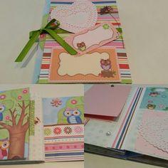 Mini Álbum Corujinha Corujinhas de scrapbooking, papel personalizado, adesivos e tags. Muita delicadeza para as suas fotos! #vivianegiovanistudio #scrapbook #corujinha #temapersonalizado #albumdefotos