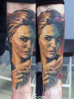 Valentina Ryabova woman skeleton skull tattoo