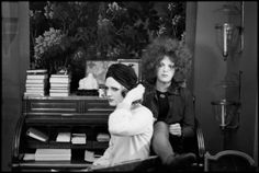 Candy Darling & Jackie Curtis taking a break from chewing the scenery in Warhols film Women in Revolt Filmed over a one year period, it was the last film to feature Candy, Jackie & Holly. Andy Warhol Films, Holly Woodlawn, Candy Darling, Paint Photography, American Actress, Superstar, Period, Scenery, Cinema