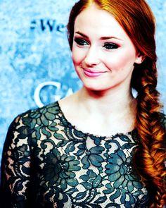 Sansa Stark // Sophie Turner