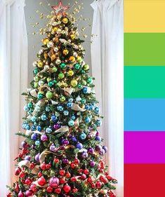 Ombré (rainbow) tree Christmas Tree Colour Scheme, Ombre Christmas Tree, Colorful Christmas Tree, Christmas Tree Themes, Pink Christmas, Christmas Colors, Xmas Tree, Christmas Traditions, Christmas Tree Ornaments