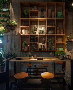 Dit restaurant in Israël staat vol planten waar de kok mee kookt - Roomed