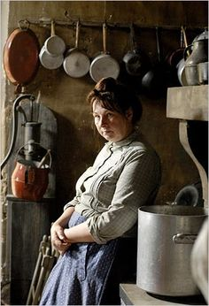French Movies, Meli Melo, Grand Homes, Mystique, Portraits, Working Woman, French Artists, Natural World, First Photo
