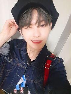Read ALL ABOUT HWALL from the story All About The Boyz by youngkeu (J O O 💮) with 395 reads. I Hug You, Kim Young, Cat Pose, Flower Boys, Asian Boys, Kpop Boy, Kpop Groups, Handsome Boys, K Idols