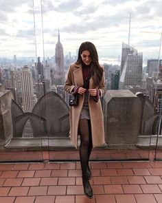 Are you looking for stylish and trendy outfits? 1 online shop for women's outfits & accessories! We have inexpensive and elegant outfits & accessories. Winter Skirt Outfit, Fall Winter Outfits, Skirt Outfits, Winter Fashion, Casual Outfits, Fashion Outfits, Casual Winter, New York Spring Outfits, New York Winter Outfit