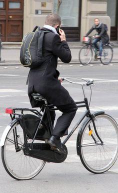 Nice bike and fashion combo.