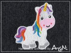 Aufnäher Einhorn ♥ Applikation Regenbogen Einhorn von AnCaNi auf DaWanda.com