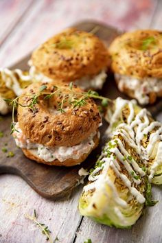 Savory Pastry, Skagen, Salmon Burgers, Bread, Ethnic Recipes, Food, Brot, Essen, Baking