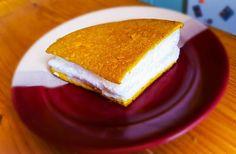Reggeli Habos Tojás Cornbread, Ale, Sandwiches, Breakfast, Ethnic Recipes, Food, Millet Bread, Roll Up Sandwiches, Morning Coffee