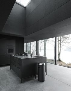 Prefab Cabin by Vipp Design/Architecture Luxury Mobile Homes, Home Luxury, Luxury Lifestyle, Cabin Design, Küchen Design, House Design, Design Ideas, Prefabricated Cabins, Prefab Homes