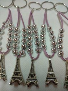 Modelo 42 - Invitacion Torre Eiffel Calada Laser 15 Tarjeta - $ 85,00 en Mercado Libre