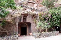 Eglise dans Barranco de Guayadeque - Grande Canarie - Canaries Canario, Holidays, Random, House Styles, Canary Islands, Wonderful Places, Earth, Spain, Travel