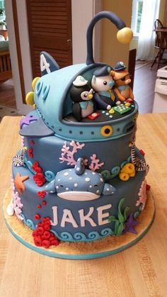 Octonauts Cake - I love this so much, but can't imagine the cost of it!