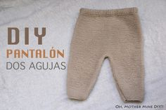 This is a tutorial for crocheting a baby pants for babies at the age of 0 to 3 months.DIY Baby Set Part How to make wool pants (patterns)Baby Capri Pants - Baby Shorts - Tutorial for trousers with subtitles by BerlinCrochet Romper Suit, Baby Jumpsuit, Baby Dress, Baby Leggings Pattern, Pants Pattern, Baby Clothes Patterns, Baby Knitting Patterns, Baby Set, Tricot Baby