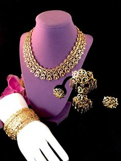 1965 MONET MANTILA GOLDTONE HEART SCROLL NECKLACE BRACELET BROOCH EARRING PARURE | eBay