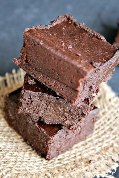 Avocado Chocolate Brownies - A healthier alternative to butter and flour.