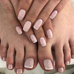 Faded french nails black fun french nail tips designs at h Shellac Nails, Nude Nails, Nail Manicure, Pink Nails, Nail Polish, Manicure Colors, Nail Colors, Bridal Nails, Wedding Nails
