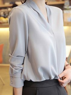 Cheap Beautiful Blouses for Women Online Page 2 Stylish Work Outfits, Casual Outfits, Fashion Outfits, White Ruffle Blouse, Korean Girl Fashion, Professional Outfits, Beautiful Blouses, Korean Outfits, Work Fashion