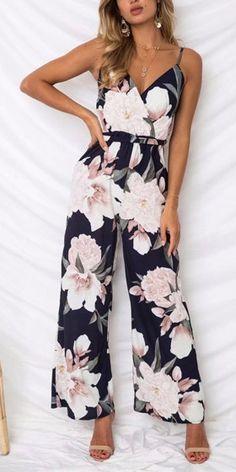 Compre Macacão Pantalona Estampado Feminino | UFashionShop
