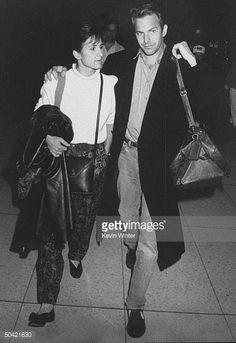 Actor Kevin Costner and wife Cindy arriving at LAX Kevin Costner, Denzel Washington, Harrison Ford, Iconic Characters, George Clooney, Celebrity Couples, Cowgirls, James Bond, Rodeo