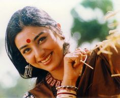 Bollywood actress Tabu Biography and Film Career started from early age. Beautiful Bollywood Actress, Most Beautiful Indian Actress, Beautiful Actresses, Cute Beauty, Beauty Full Girl, Indian Celebrities, Bollywood Celebrities, Hot Actresses, Indian Actresses