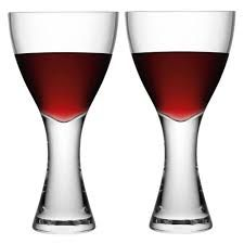 Add elegant design to your home with this set of four red wine glasses by LSA International from the Wine collection. Designed to sit perfectly in your hand, this set of stemless glasses allow you to Unique Wine Glasses, Crystal Wine Glasses, Red Wine Glasses, Crystal Glassware, Wine Collection, Wine Glass Set, Gifts For Wine Lovers, Alcoholic Drinks, Beverages