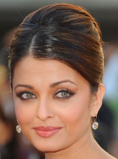 Aishwarya Rai Hair - volume on top back of the head #elegant #classy #hair